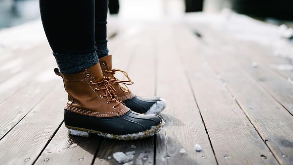 Maine Hunting Shoe vs Bean Boot