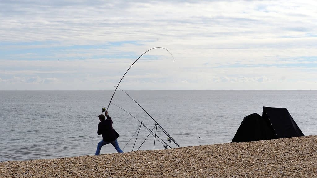 surf fishing how to cast